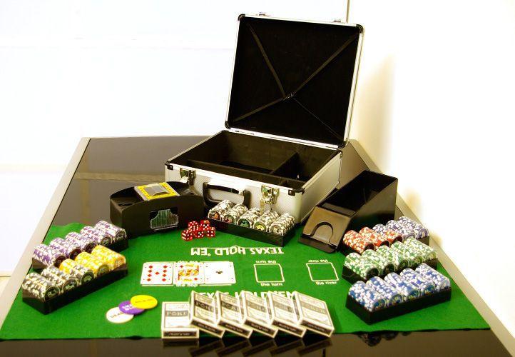 Zestaw do pokerat 600 szt żetonów OCEAN  z akcesoriami