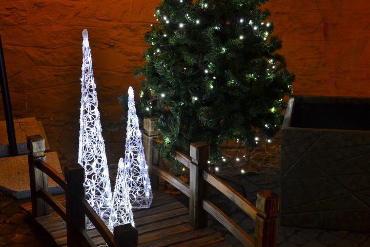 Świąteczna akrylowa piramida 60 cm - zimna biel, do zasuwki