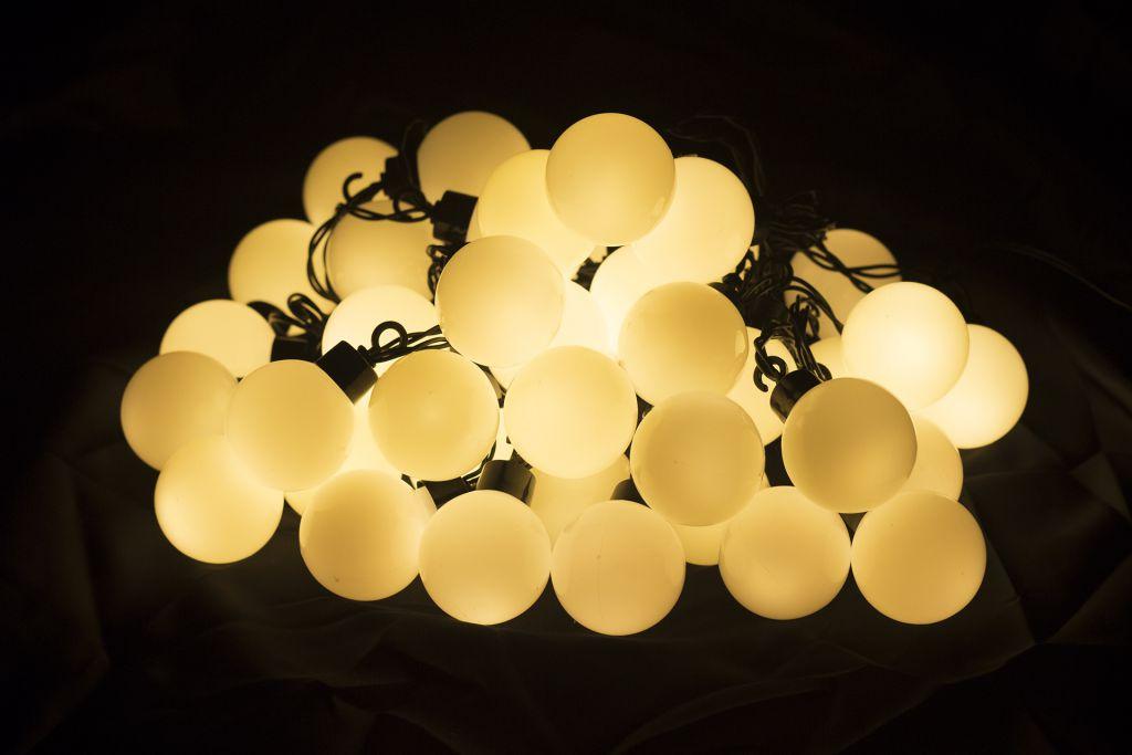 Oświetlenie - łańcuch 40 białych LED ciepło-biała