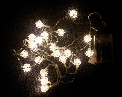 Świąteczna dekoracja – Śniegowa gwiazda – 20 LED ciepły biały