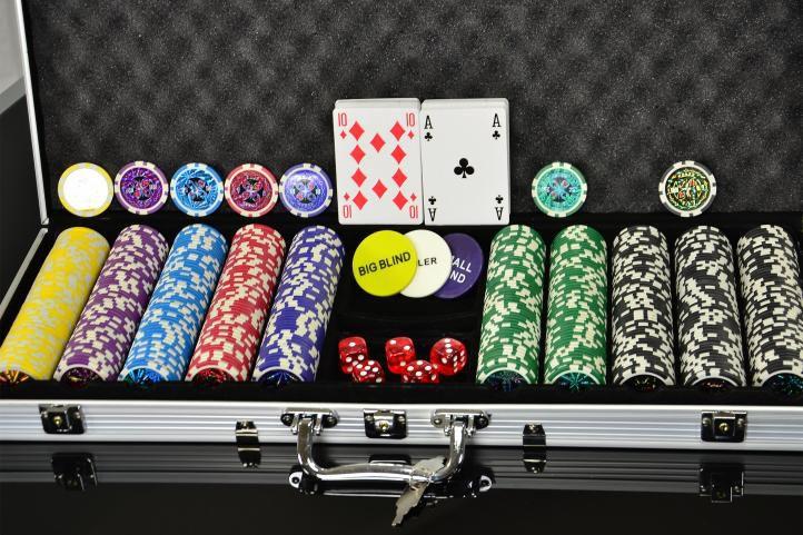 Zestaw do pokera 500 szt design Ultimate