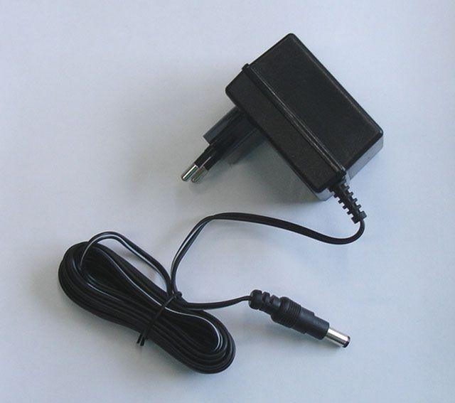 Adapter do elektronicznych tarcz do rzutek